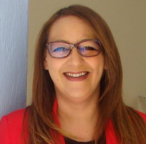 Profa. Elisabeth Alves
